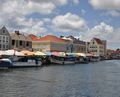 curacao_floating_market
